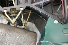 Left-front-suspension-and-front-wheel-floor-extension14661